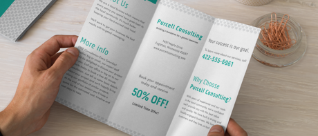 Custom tri-fold brochures for business